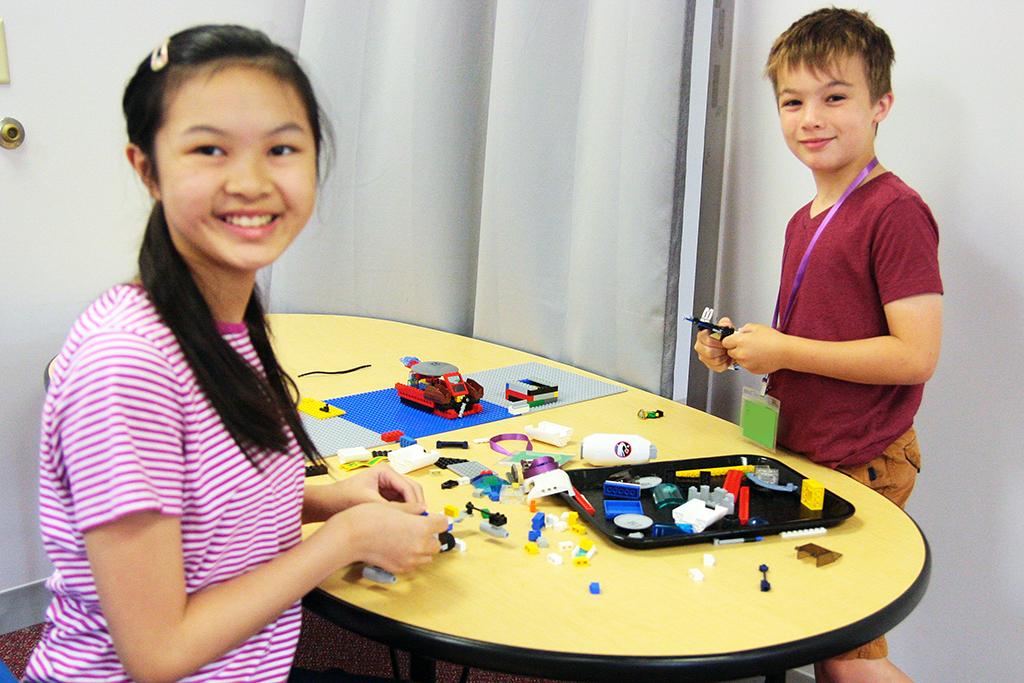 Indoor science activity bloomington